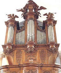 Orgue Picard Bénédictines.jpg