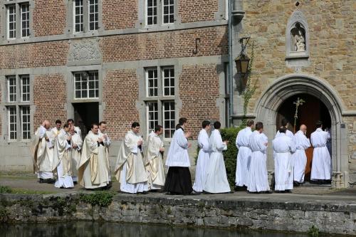 Bruxelles fraternité des saints apôtres.jpg